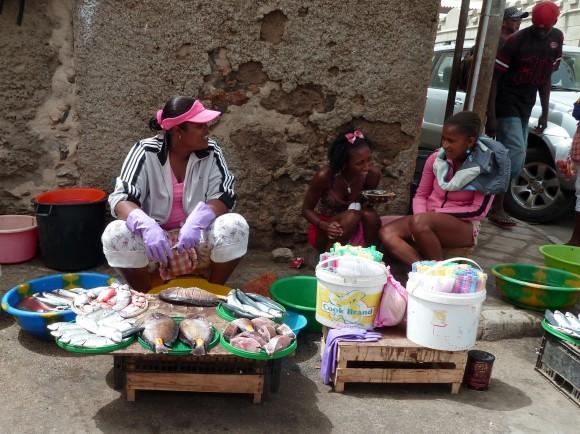 Dans les rues de Mindelo, Sao Vicente (Cap-Vert)