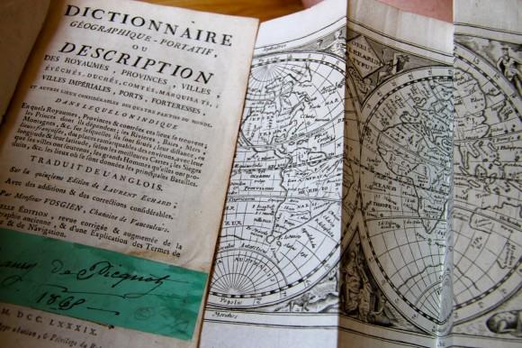 Le dictionnaire géographique-portatif, d'Echard et Vosgien.