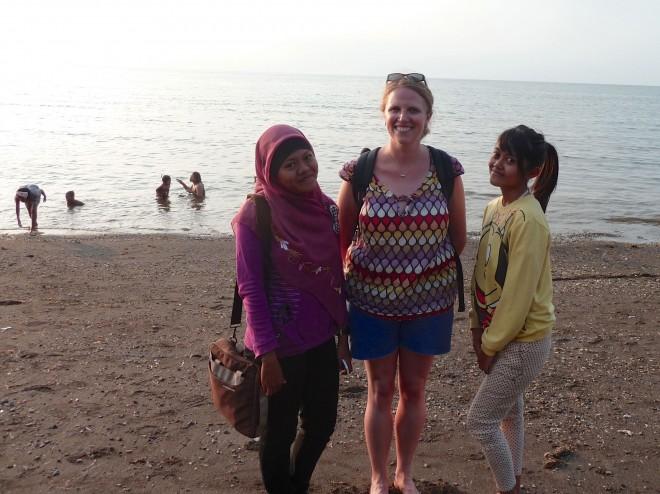 A Lovina (Bali) avec mes copines de cours d'anglais