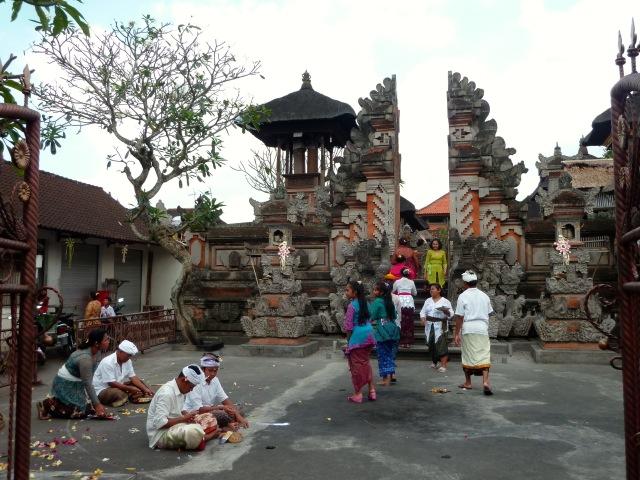 Un des temples d'Ubud, le jour de Kuningan