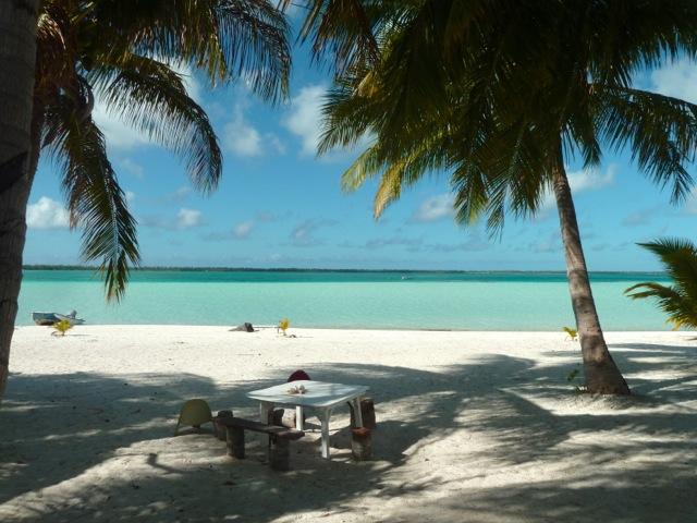 La plage devant la pension Auira.