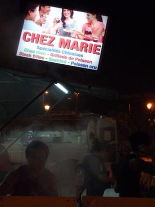Roulotte, place Vaiete à Papeete.