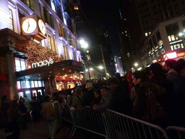 Black friday sur la 34e rue à New York.