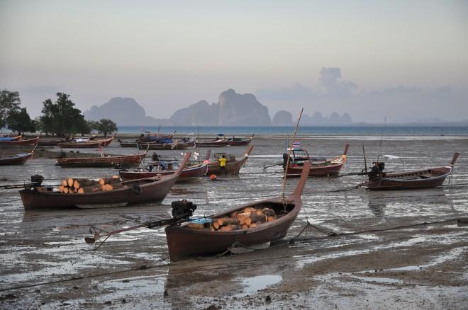 Marée basse à Koh Muk, Thaïlande.