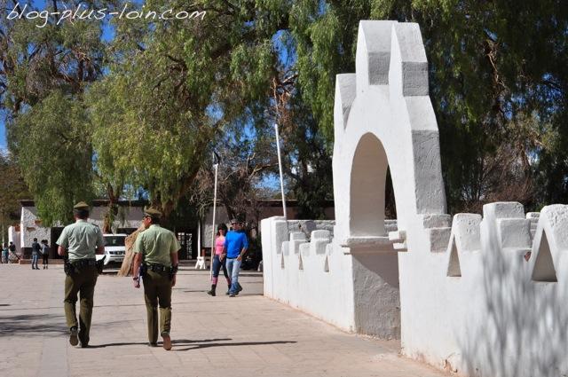 Entrée de l'église de San pedro de Atacama. Désert d'Atacama. Chili.