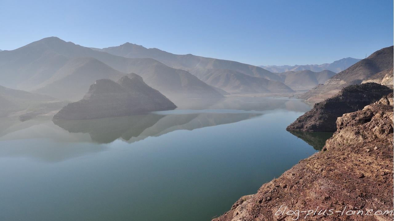 Le barrage qui mène vers la vallée de l'Elqui.