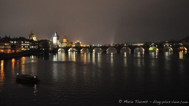 Prague : le pont Charles.